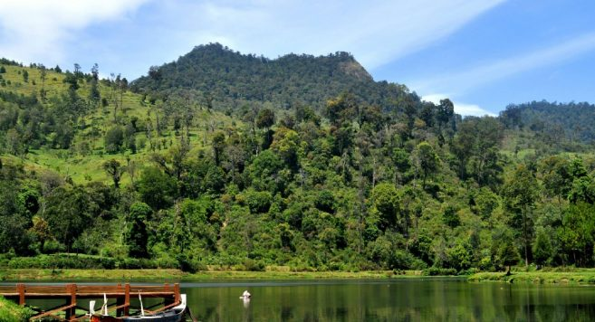 Situ Cisanti Bandung – Destinasi Wisata Danau di Bandung