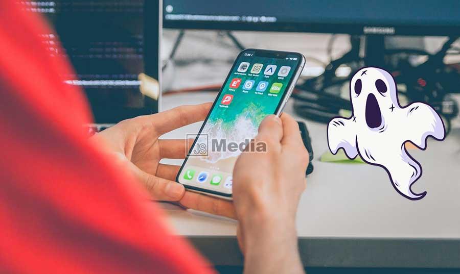 5 Cara Mengatasi Touchscreen Smartphone Gerak Sendiri Saat Dicas